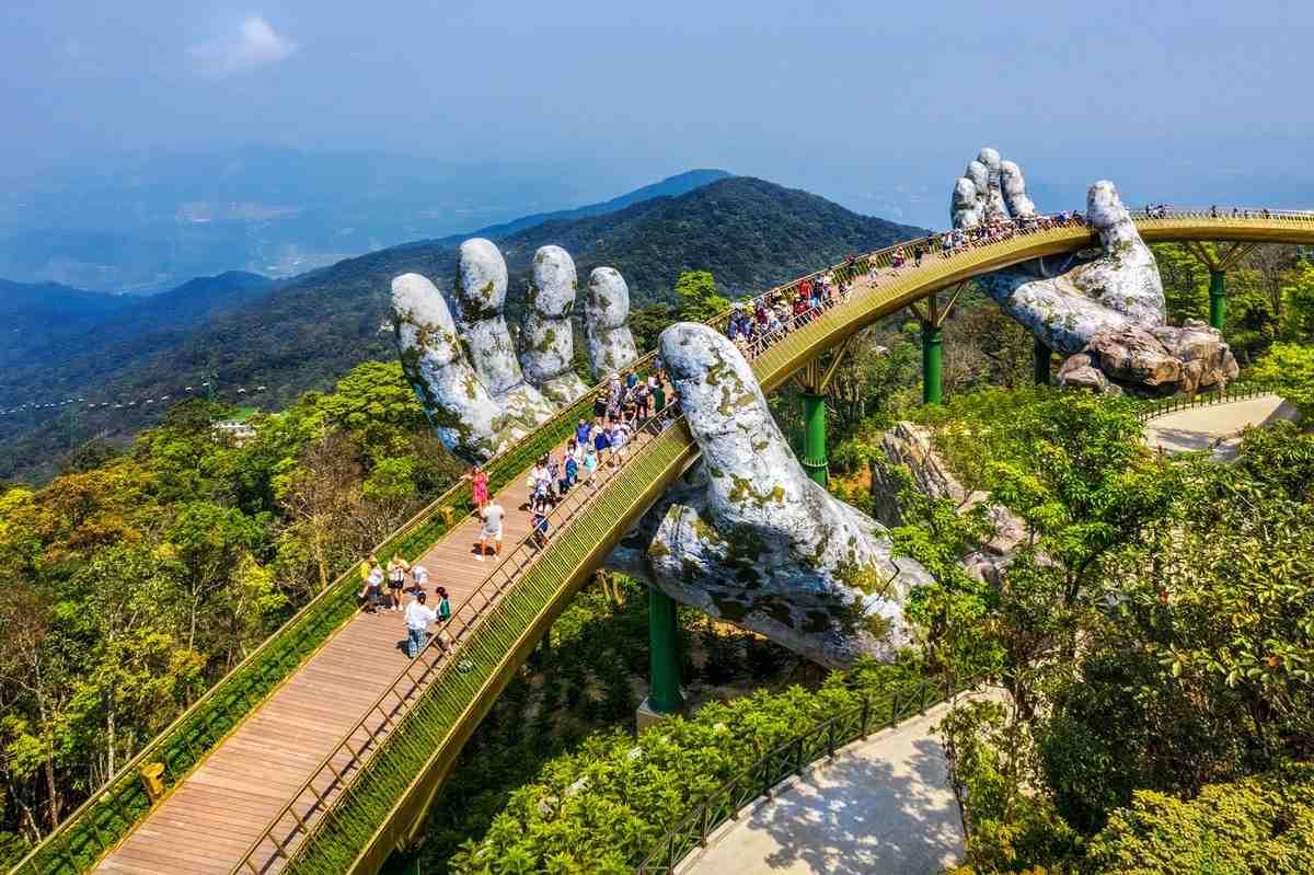 Cầu Vàng tại Đà Nẵng