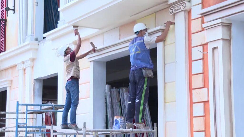 Cập nhật tiến độ xây dựng thị trấn Địa Trung Hải 1/8/2021 1