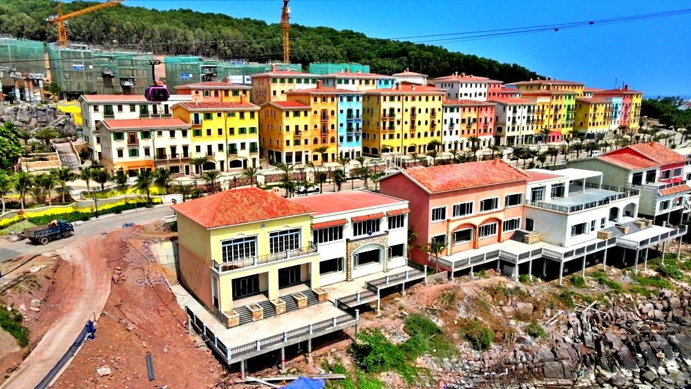 tiến độ thị trấn địa trung hải phú quốc